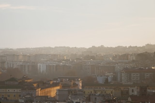 """A Roma adottato il piano contro i cambiamenti climatici: """"Entro il 2030 emissioni ridotte del 50%"""""""
