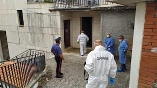 Ossario abusivo nel cimitero di Sezze: trovati resti di salme, casse rotte e cumuli di ossa