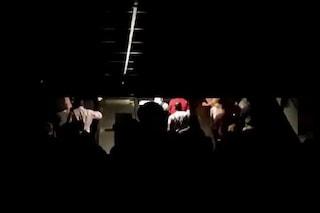 Metro A di Roma: servizio interrotto tra Termini e Anagnina, stazioni al buio