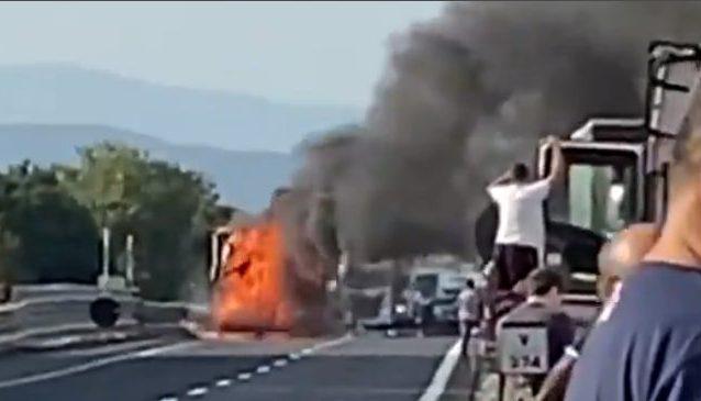 Incidente con incendio sulla Diramazione Roma Nord: 59enne morto carbonizzato
