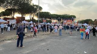 Salvini non scalda le periferie: solo in qualche centinaia a Tor Bella Monaca con la Lega