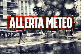 Milano, piogge intense e temporali nella notte: scatta l'allerta meteo