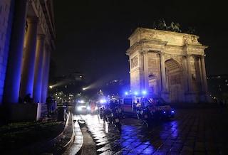 Milano, due ragazze rapinate e aggredite dal branco all'uscita dalla discoteca