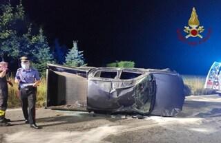 Incidente a Onore, auto finisce fuori strada e si ribalta: feriti cinque ragazzi tra 20 e 15 anni