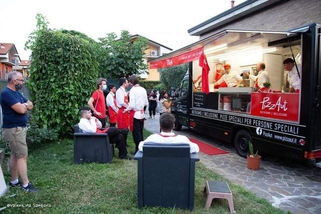 La prova generale del food truck di PizzAut (Foto di Valentina Santoro)