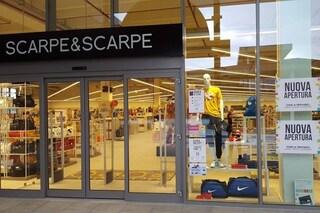Scarpe&scarpe chiude due negozi a Cornaredo e Vanzaghello: decine di posti di lavoro a rischio