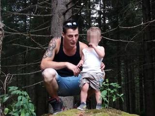 Tragico incidente a Sonico, si schianta con la moto contro un camion: morto il 25enne Walter Magnani