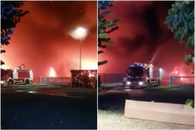Bergamo, nube di fumo per incendio in ditta di trasporti a Costa di Mezzate: Chiudete le finestre