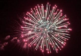 Como, sequestrati 140mila fuochi d'artificio conservati vicino agli accendini: nei guai due uomini