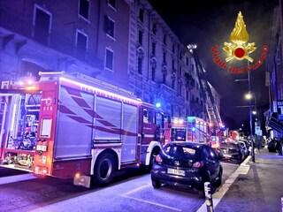 Si incendia la termocoperta: donna muore carbonizzata nel suo letto a Milano