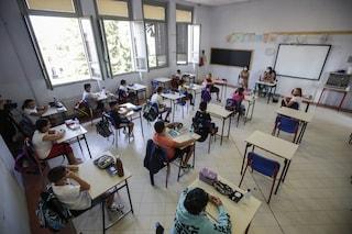 Scuola, a Milano quattro classi in isolamento: alunni trovati positivi al Covid