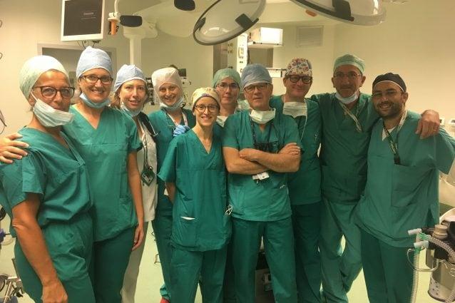 L'equipe operatoria che ha realizzato il millesimo trapianto di cuore