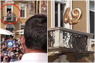"""Salvini contestato a Legnano: durante il comizio un 49 sul balcone con i palloncini e urla """"ladro"""""""