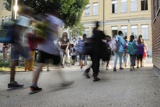 """Da domani riaprirà metà delle scuole di Milano, il Prefetto: """"Ripresa dovrà essere duratura"""""""