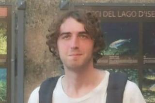 Milano, scomparso un ragazzo 22enne: si è allontanato da casa senza cellulare né documenti