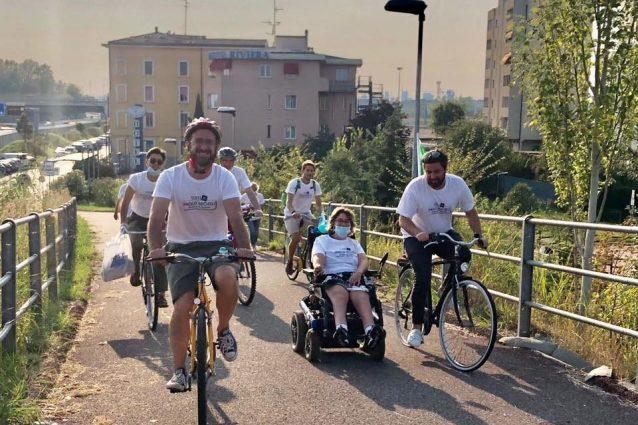 Il sindaco Paolo Micheli (primo a sinistra) e Francesca Maiorano, al centro
