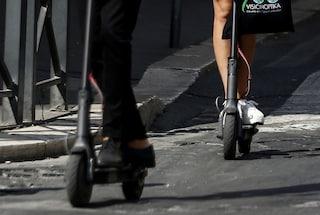 Milano, in poche ore due incidenti con il monopattino elettrico: feriti una 22enne e un 18enne