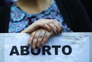 """Pagare una donna per non abortire non è un """"inno alla vita"""" ma una minaccia alla nostra libertà"""