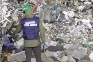 Milano, smaltite illegalmente 24mila tonnellate di rifiuti: sequestri e arresti in tutto il Nord