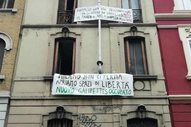 Una foto della struttura occupata in viale dei Mille (Fonte: Facebook)