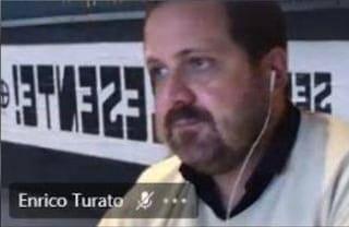 Milano, consigliere di municipio Fdi in videoconferenza con una croce celtica alle spalle