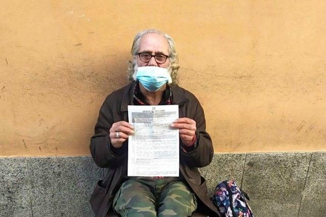 Pasquale, il clochard multato a Como (Fonte: Facebook)