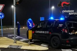 Gita notturna in auto da Parma alla provincia di Mantova: tra ragazzi multati dai carabinieri