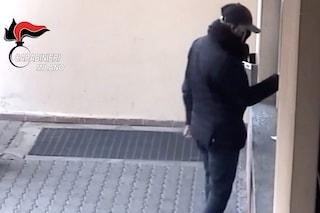 Si finge carabiniere e truffa cinque anziane: arrestato un 27enne di Milano