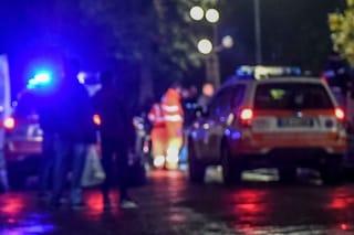 Settimo Milanese, uomo investito da un furgone: portato in ospedale in elicottero, è gravissimo