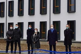 Lombardia, Gallera inaugura una palazzina vicino all'ospedale Bassini: è l'ultimo atto da assessore?