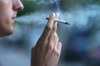 Da oggi a Milano sarà vietato fumare alle fermate dei tram e dei bus e nei parchi