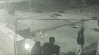 San Giuliano Milanese, vandali ripresi dalle telecamere: il sindaco pubblica il video sui social