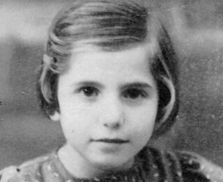 Giornata della memoria: la storia di Yehudith Kleinman, la bambina salvata dai vicini di casa eroi