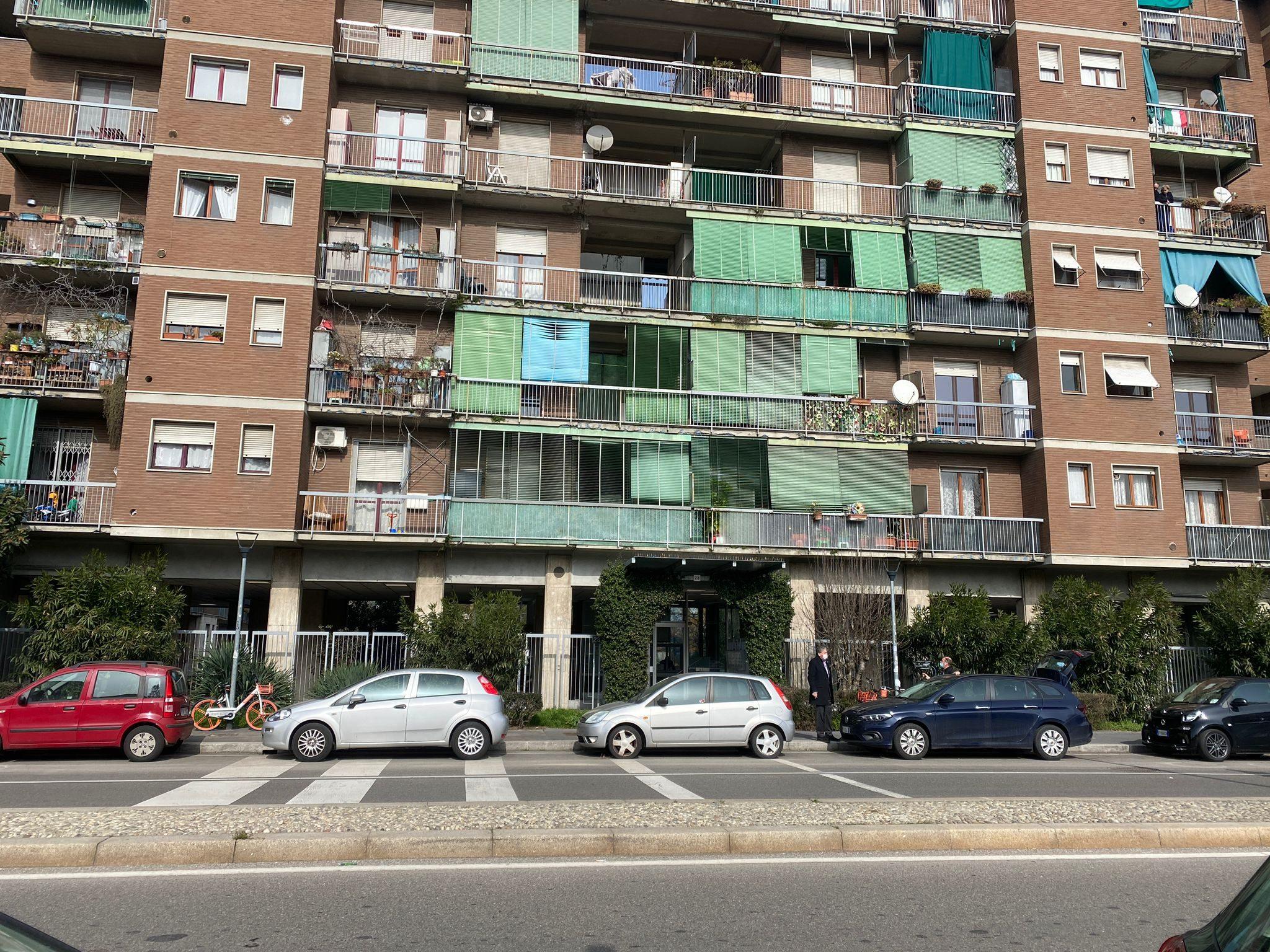 Il palazzo in cui abitava la vittima (Foto: Giancristofaro/Fanpage.it)