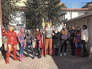 Cesano Maderno, Iron Man e gli Avengers a casa di Nicolas, bimbo di 8 anni malato di leucemia