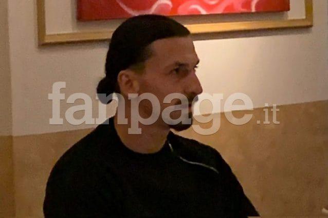 (Ibra in un ristorante di Milano in piena zona rossa Foto: Fanpage.it)