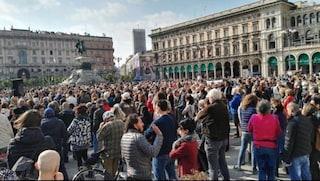 Manifestazione no-vax a Milano, in centinaia senza mascherina: identificate e sanzionate 57 persone