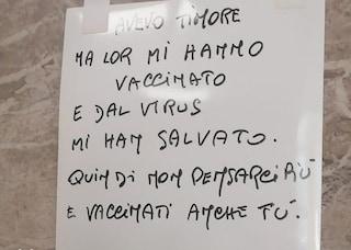 """Una poesia sul muro dell'Ospedale Niguarda: chi è il """"nonno poeta"""" che invita tutti a vaccinarsi"""