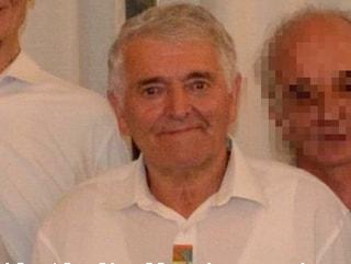 Precipita in una scarpata mentre taglia la legna: morto il fratello dell'ex sindaco di Moggio