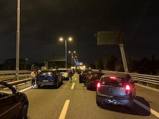 Incidente in Tangenziale Nord a Milano, due feriti e incubo traffico: automobilisti fermi per ore
