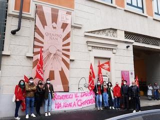 Dieci lavoratori del museo delle culture di Milano senza contratto, presidio davanti al Mudec