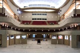 Dopo 22 anni il Teatro Lirico di Milano riapre e sarà intitolato a Giorgio Gaber