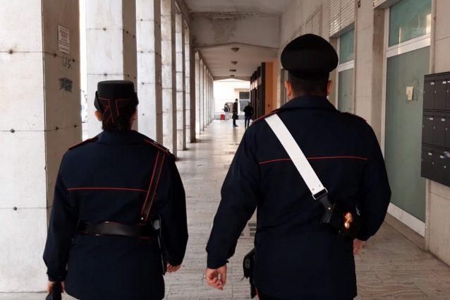 Ucciso per un telefonino a Mantova: il killer catturato su un treno, stava scappando
