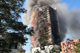 Incendio alla Torre dei Moro, primi nomi iscritti al registro degli indagati per disastro colposo