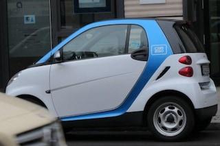In vacanza con il car sharing: a Milano il progetto pilota con l'auto condivisa per andare al mare