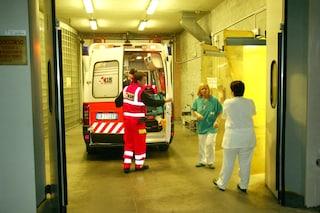 Ha un infarto al volante: 70enne tampona un'auto e poi muore in ospedale a Bergamo