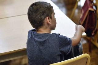 Varese, bimbo con problemi di aggressività a scuola: 13 famiglie ritirano i figli per un giorno
