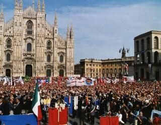 Milano, 25 aprile tra polemiche: Cari Cinquestelle, l'antifascismo si pratica, non si celebra