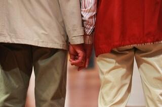 Pavia, ex badante sequestra e rapina due coniugi di 90 e 88 anni: arrestata