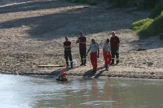 Cadavere ritrovato in un torrente a Vertova: indagini in corso